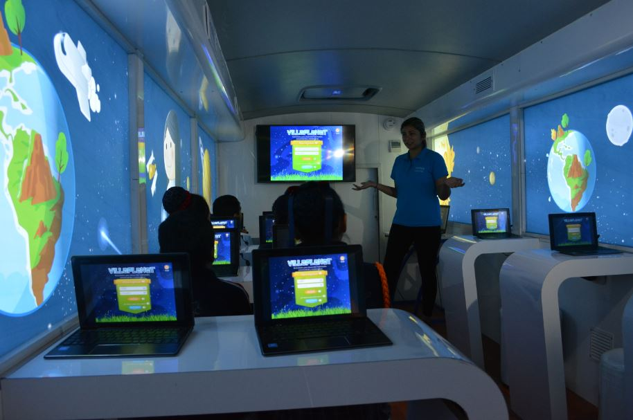 Bus-Digital_1_Lima